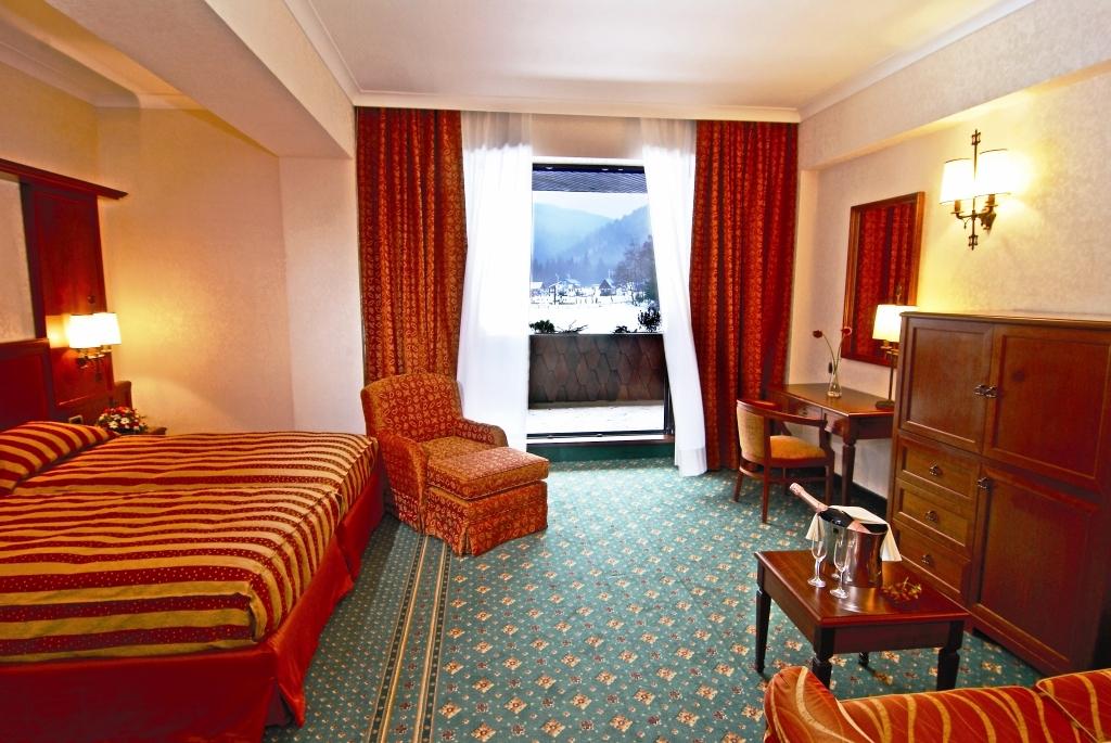 lux garden hotel resort